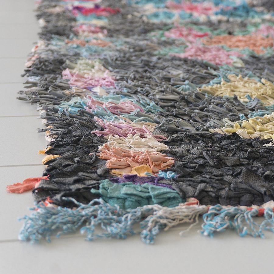 boucherouite tapijt faded lilies